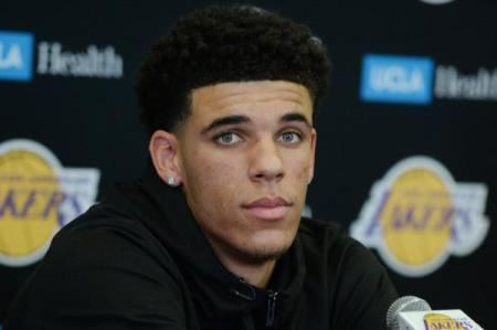 Los-Angeles-Lakers-sign-first-round-picks-Lonzo-Ball-Kyle-Kuzma-Josh-Hart